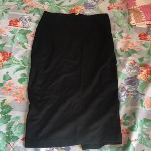 (Like New) H&M Pencil Skirt